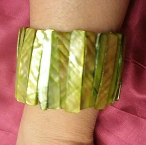 Green Seashell Bracelet